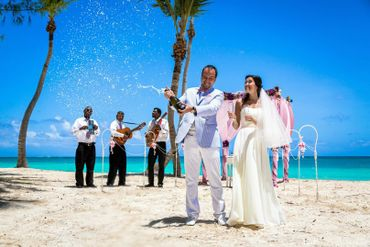 Beach blue real weddings