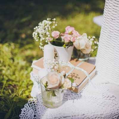 Summer pink photo session decor