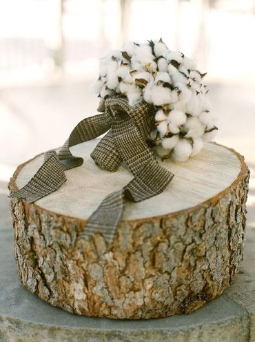 Rustic winter alternative wedding bouquet