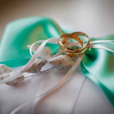 Marine green wedding rings