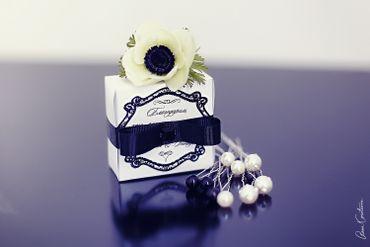 Black wedding favours