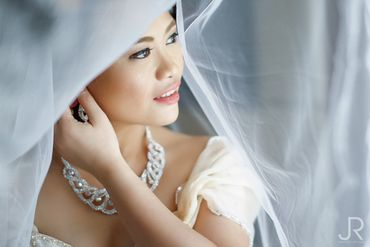 Grey wedding jewellery