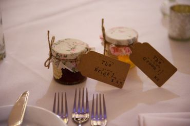Themed wedding favours