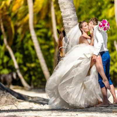 Overseas long wedding dresses