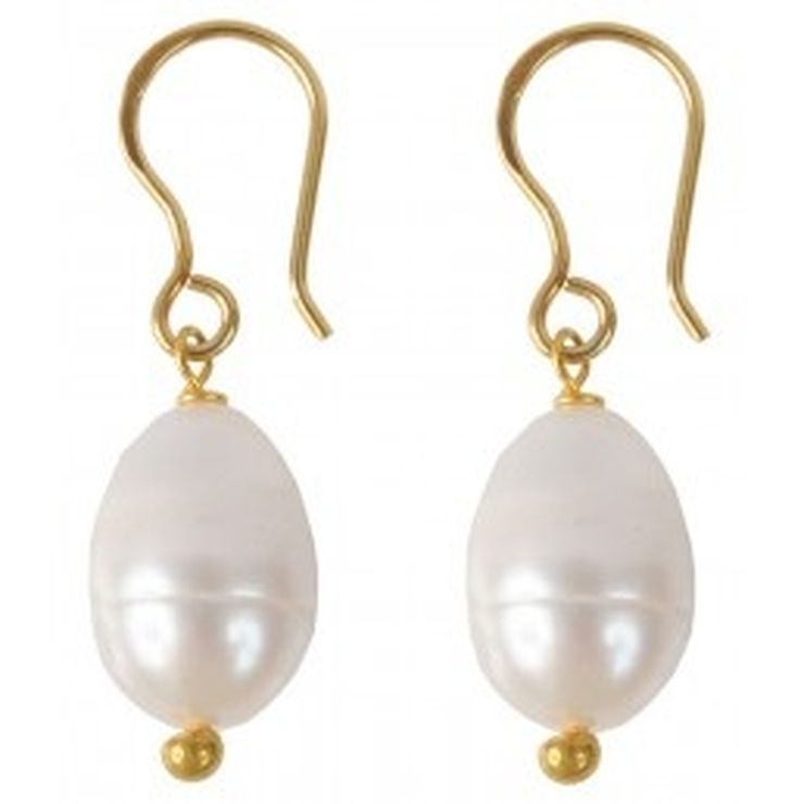 Focus on Pearl Earrings