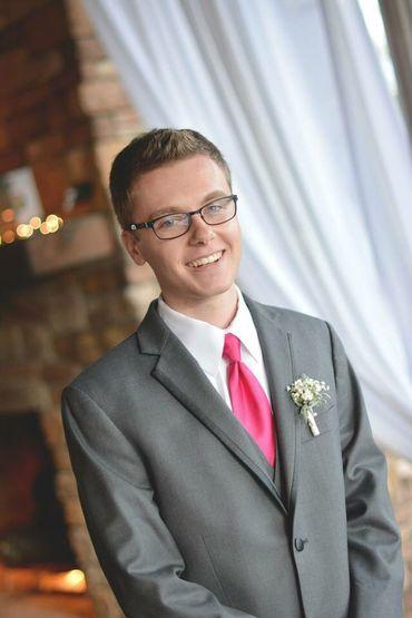 Pink groom style