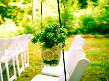 Green wedding ceremony decor