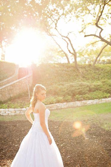 Ivory wedding photo session ideas