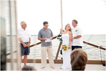Marine white wedding photo session ideas