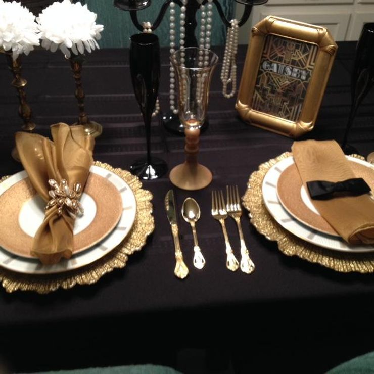 Great Gatsby themed tablescape featured at The Luv Cafe's Fundraiser for the Homeless