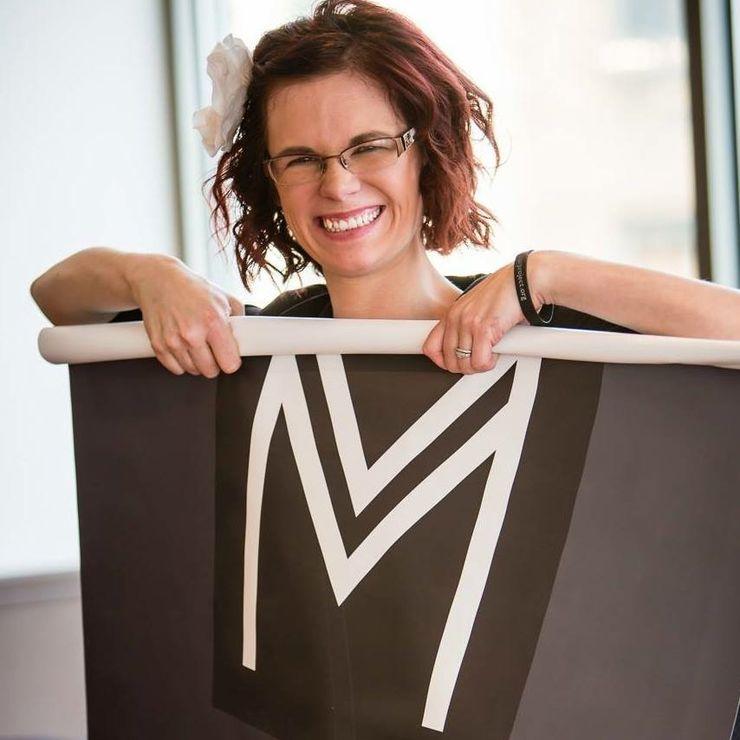 Salon Wedding Coordinator Katie Hennen