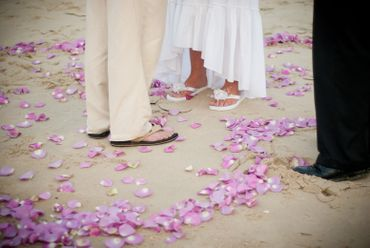 Beach wedding photo session ideas