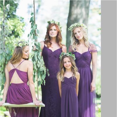 Outdoor purple wedding nail design