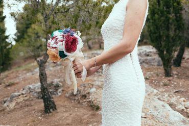 Red alternative wedding bouquet