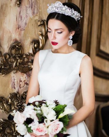 Overseas white wedding headpieces, veils, cover-ups & brooches