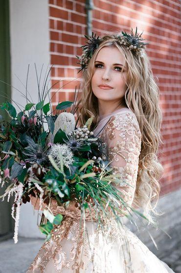 Overseas ivory closed wedding dresses