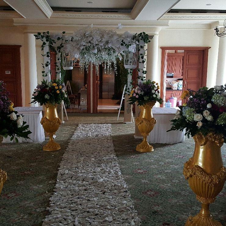 Putri&Robyn Wedding
