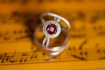 Red wedding rings