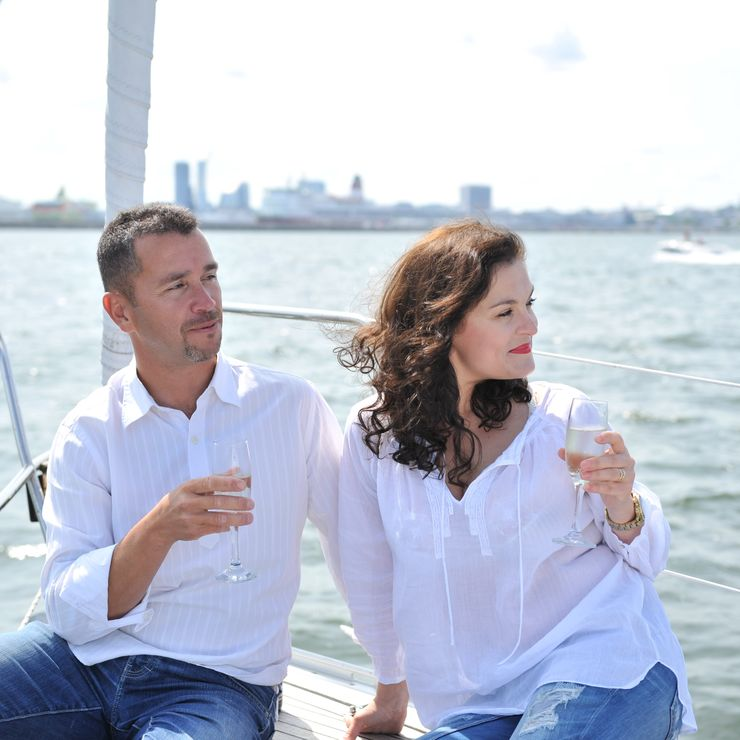 Anastasia and Pedro Love-Story photoshoot on board 5sails yacht.