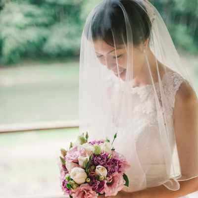 Ivory outdoor rose wedding bouquet
