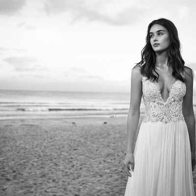 Beach bridal hair and make-up