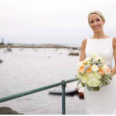 White outdoor rose wedding bouquet