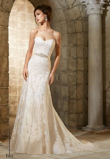 Ivory long wedding dresses