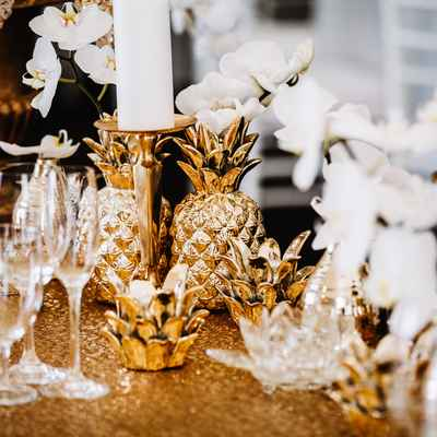 White overseas wedding reception decor