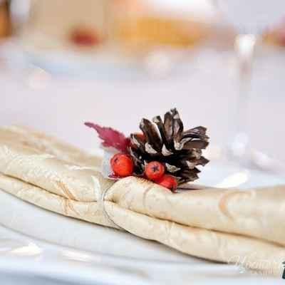 Winter red wedding reception decor