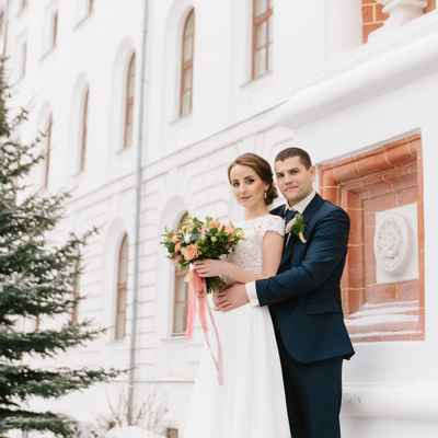 Winter ivory outdoor closed wedding dresses