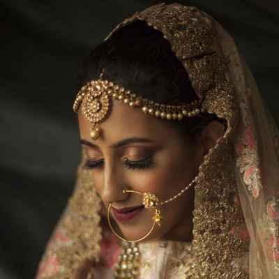 Ivory ethnical bridal hair and make-up