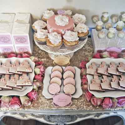 Vintage pink wedding reception decor